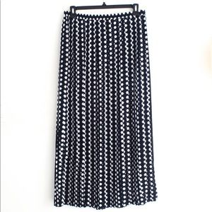 🆕 Michael Kors Pleated Maxi Skirt